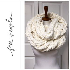 Free People Infinity Chunky Knit White Scarf